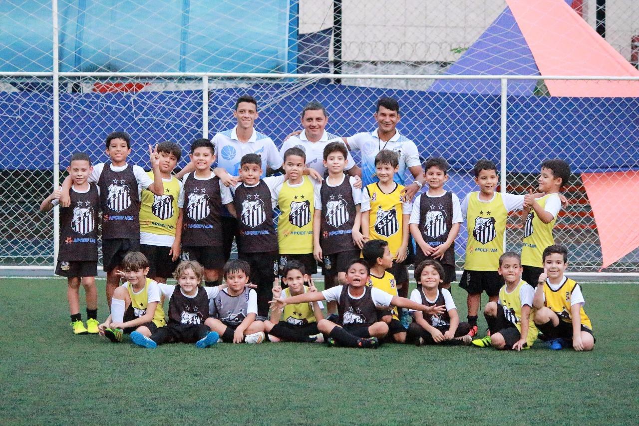1bb295b4e6 Matricule-se na Escola de Futebol Oficial do Santos FC !!!