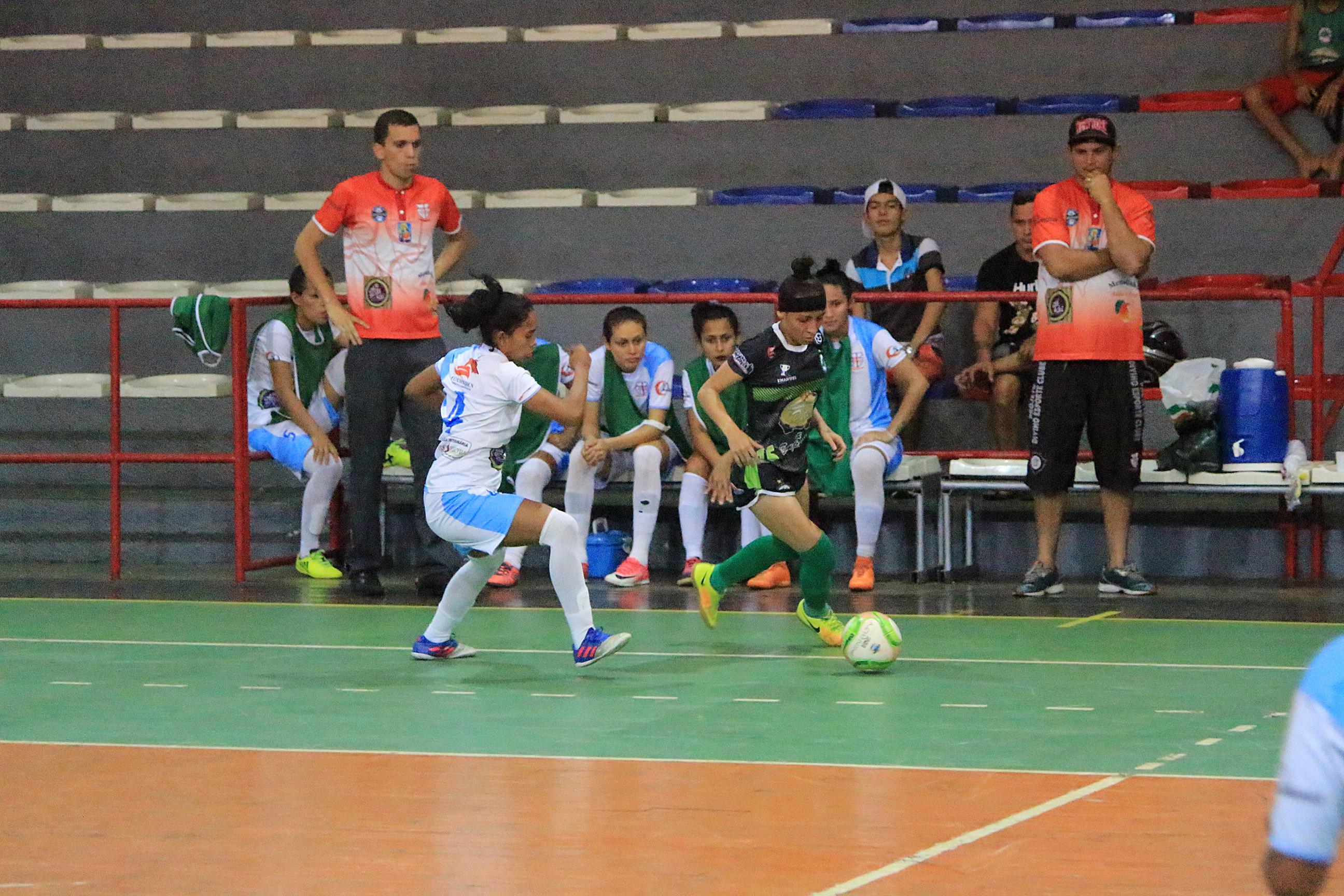 Tweet. Compartilhar. Compartilhar. Email · Comentários. A primeira edição da  Copa São Francisco de Futsal Adulto Feminino começa na noite ... b923e7182b6e6